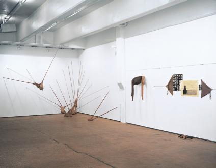 Senga Nengudi – Répondez s'il vous plaît - Installation view: Senga Nengudi, Répondez s'il vous plaît.
