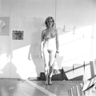 Tom Wood – Men and Women - Life Room, 1975. Silver gelatin print, edition of 7 (+2 AP).
